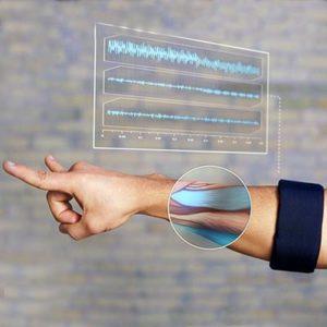 Thalmic Labs Myo Gesture Control